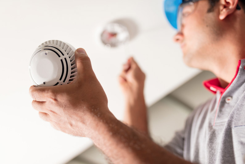 Six questions to ask when choosing a smoke alarm service provider